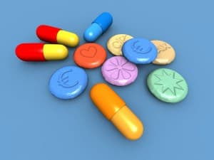 characteristics of ecstasy and raves What is mdma (molly) or ecstasy the drug represents a hybrid between stimulant and hallucinogenic characteristics users often consume these drugs at raves.